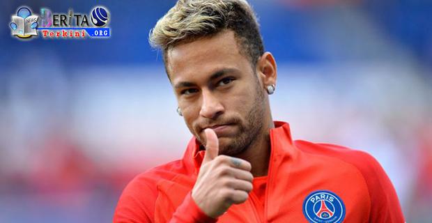 Demi Gaet Neymar, Real Madrid Rela Korbankan Cristiano Ronaldo?
