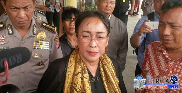 Bait Puisi Sukmawati Soekarnoputri Tuai Kontroversi, Salah Satunya Fadli Zon