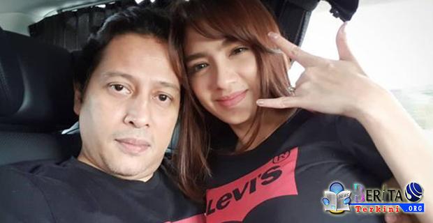Tepis Jalinan Asmara Dengan Sutradara, Angel Karamoy Berbohong?