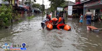 Banjir Terjang Kota Pekanbaru, Miris! Ibu Hamil Alami Keguguran