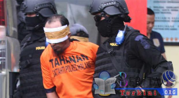 Teroris Di Gresik Tertangkap