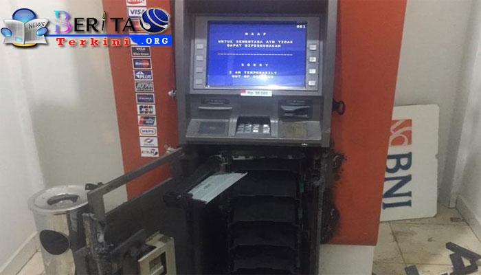 Hanya 25 Menit, Kawanan Perampok Bobol Mesin ATM di Jambi, Rp 196 Juta Raib